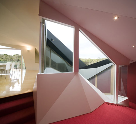 Klein Bottle House By McBride Charles Ryan Gallery