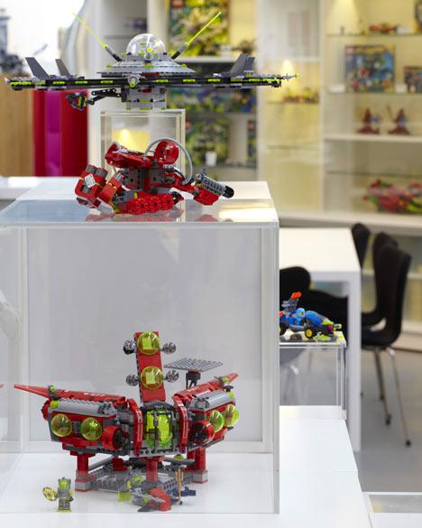 Lego PMD by Rosan Bosch & Rune Fjord