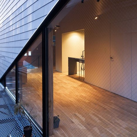 Veterinarian N House by Eureka and Atelier Chocolate