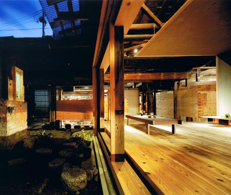Wood Old House by Tadashi Yoshimura Architects