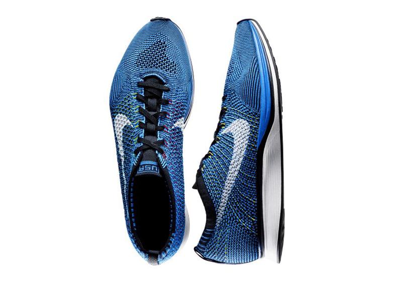 Nike Flyknit celeste