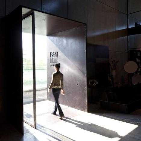 B&B Italia Showroom by Pitsou Kedem