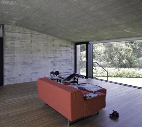 Casa Pocafarina by Hidalgo Hartmann
