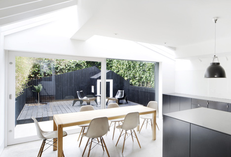 Dove House by Gundry and Ducker