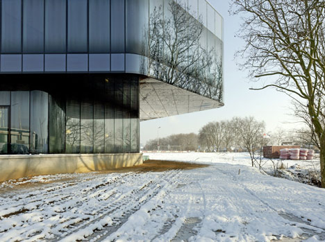 Regiocentrale Zuid by Wiel Arets Architects