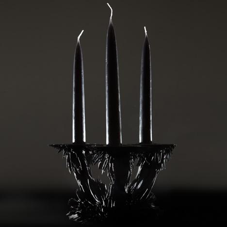 Gravity candle holder by Jolan van der Wiel