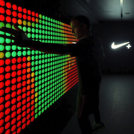 Dezeen Screen: NikeFuel Station at Boxpark
