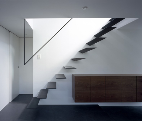 Ring by Apollo Architects & Associates