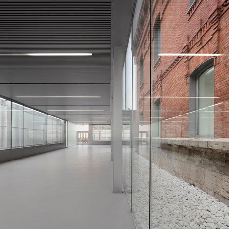 Civic Centre in Palencia by Exit Architects