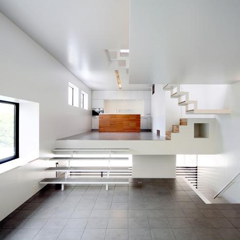 House in Senri by Shogo Iwata