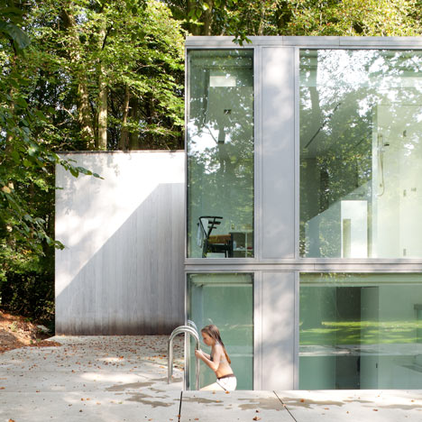 Villa Roces by Govaert & Vanhoutte