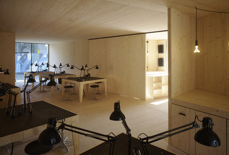 Golden Workshop by modulorbeat