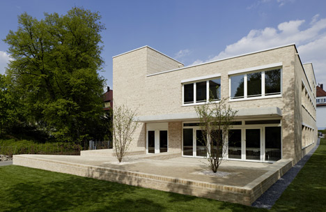 Mörike Gymnasium by Klumpp and Klumpp Architekten