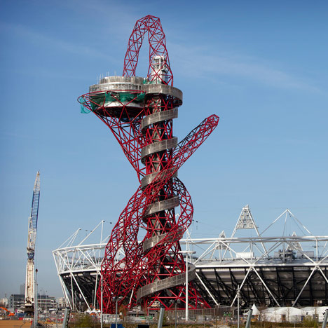ArcelorMittal Orbit by Anish Kapoor and Cecil Balmond