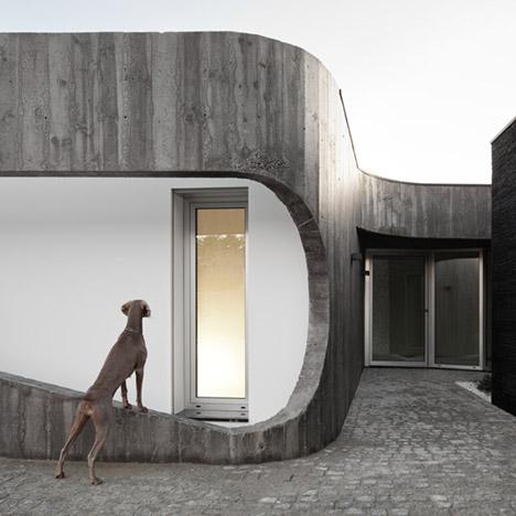 Casa Xieira II by A2+ Arquitectos