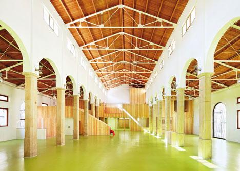 Centro Infantil del Mercado by Miquel Marine Nunez and Cesar Rueda Bone