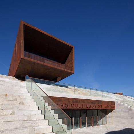 Centro Multiusos de Lamego by Barbosa & Guimaraes
