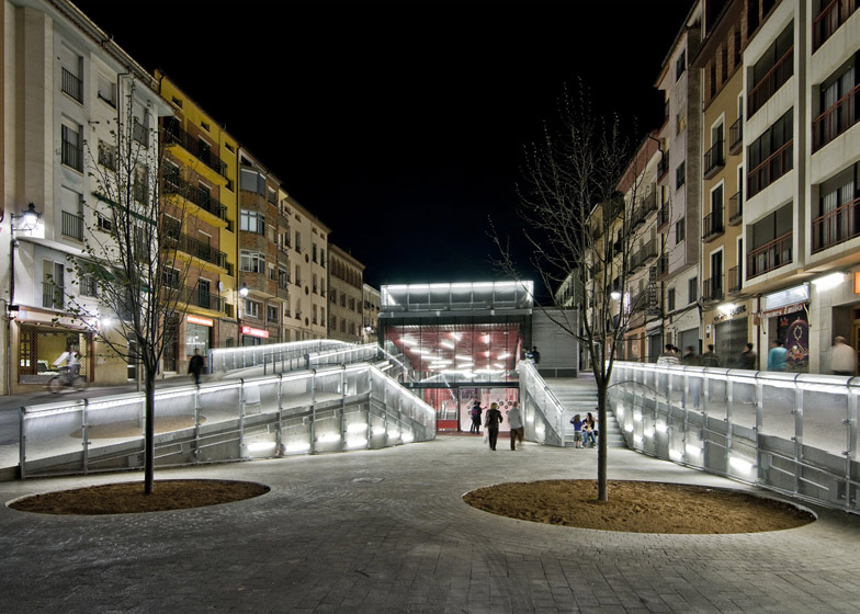 This culture and leisure centre in Teruel is half-submerged into the town square