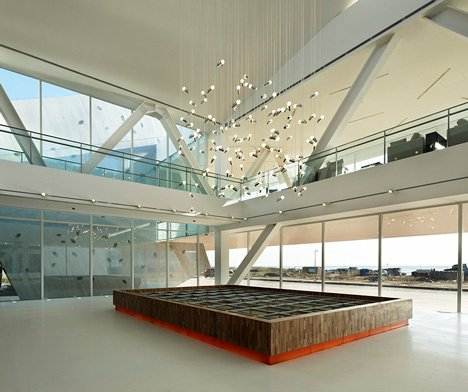 Huludao Beach Exhibit Centre by META-Project