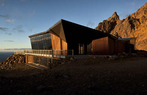 Knoll Ridge Cafe by Harris Butt Architecture
