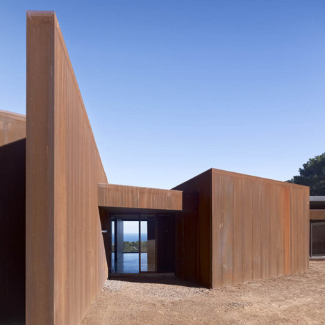 Red House at Red Hill by Inarc