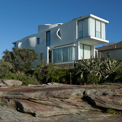 Seacliff House by Chris Elliott Architects