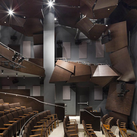 dezeen_Signature Center by Frank Gehry_1a