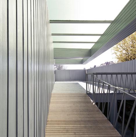 Villa T-Extension by OFIS Arhitekti