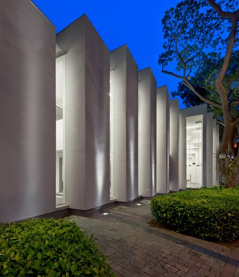 Edge Gallery by Ministry of Design
