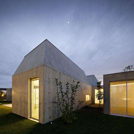 House in Ovar by Paula Santos