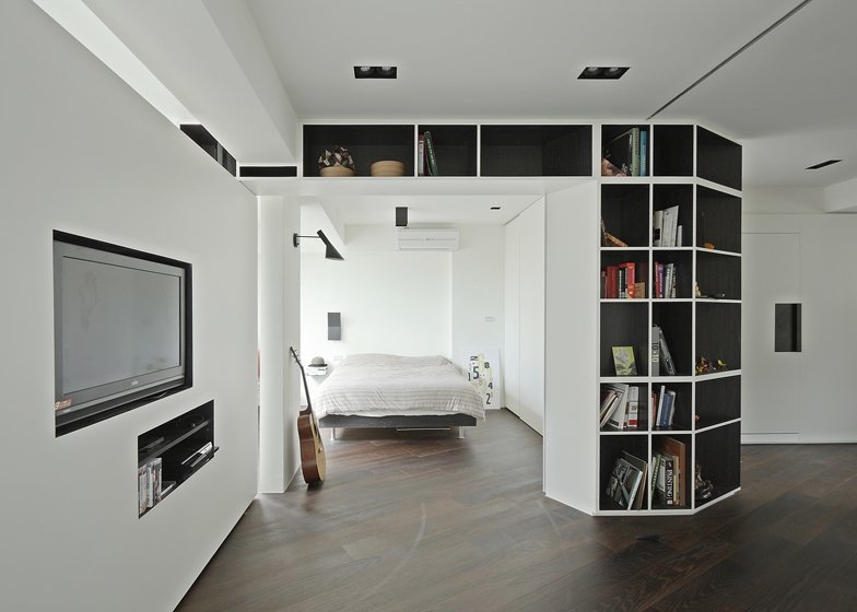 resident tsao apartment with rotating walls by kc studio