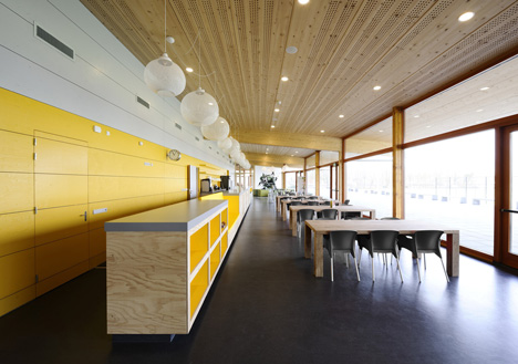 Sportcentrum Nieuw Zuilen by Koppert + Koenis Architects