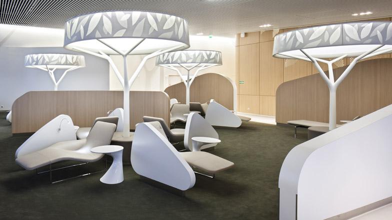 Air france business lounge by brandimage and noé duchaufour lawrance dezeen