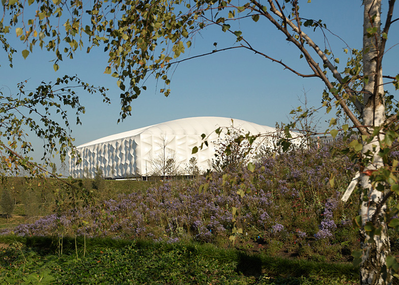 Basketball Arena by Sinclair Knight Merz with Wilkinson Eyre and KSS