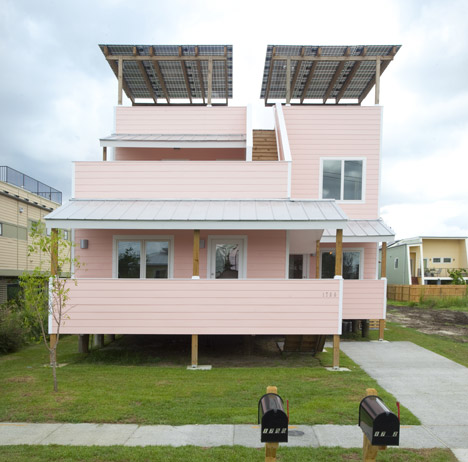 Duplex by Frank Gehry for Brad Pitt's Make it Right charity