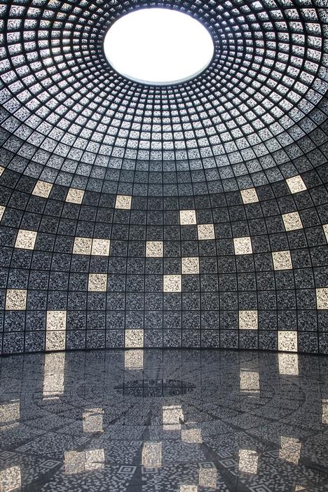 [تصویر:  Dezeen_Russian-Pavilion_2.jpg]