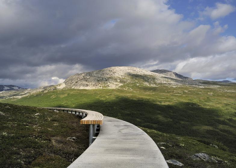 Vedahaugane Lookout by Lars Berge