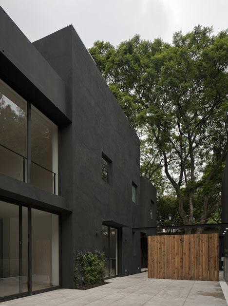 Casa Cerrada Reforma 108 by DCPP Arquitectos