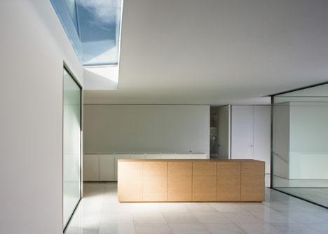 Casa del Atrio by Fran Silvestre Arquitectos