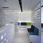 G Clinic 7f by KORI architecture office and Arimoto Yushiro