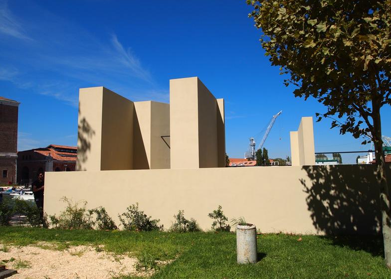 Installation by Eduardo Souto de Moura