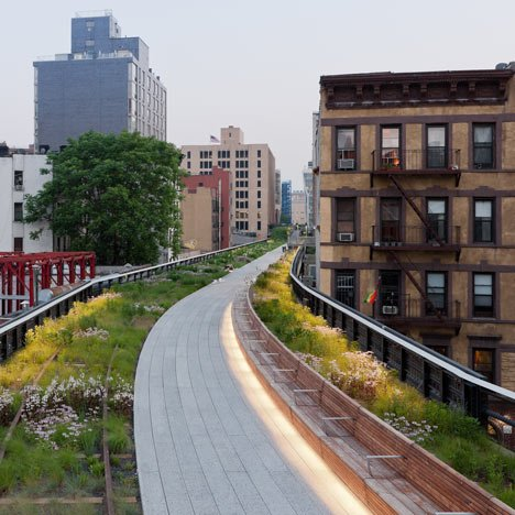 """The High Line has become a tourist-clogged catwalk""- New York Times"