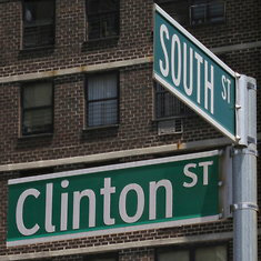 dezeen_New-York-street-signs
