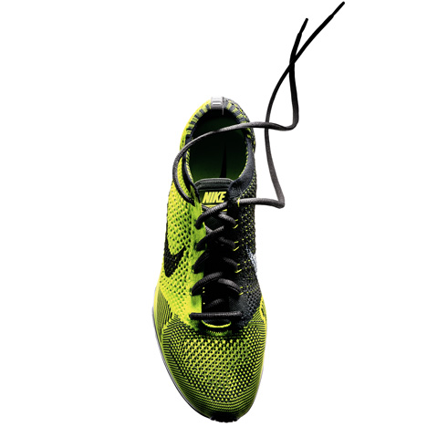 dezeen_Nike Flyknit running shoes m 4