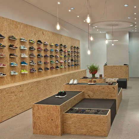 dezeen_SUPPA Sneaker Boutique by Daniele Luciano Ferrazzano_1sq