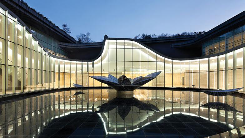 Seoul Memorial Park by HAEAHN Architecture