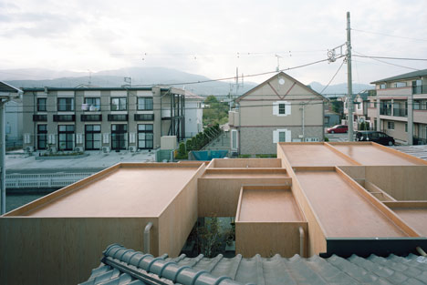 Tablehat by Hiroyuki Shinozaki