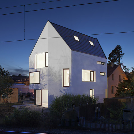 Wohnhaus Ginkgo by on3 architekten