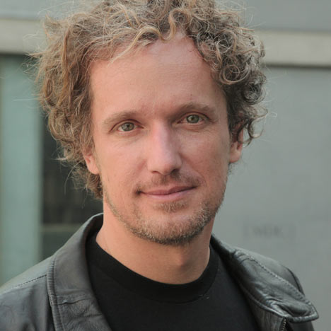 Yves Behar in conversation with Marcus Fairs at 100% Design
