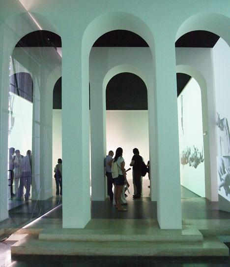 [تصویر:  dezeen_Austrian-Pavilion-at-Venice-Archi...2012_5.jpg]